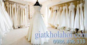 Dịch vụ giặt váy cưới cô dâu